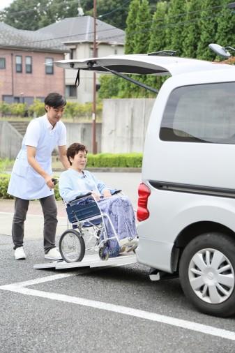 介護・福祉施設での副業+他施設とのサービスの差別化を図る!!